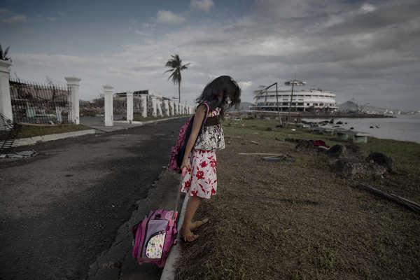 Tacloban efter tyfonen bilder