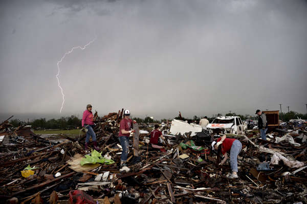 Tornadon i Oklahoma bilder